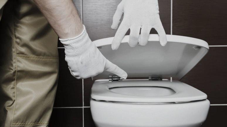Sedot WC Manado